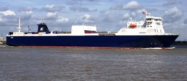 300 per cent increase in volumes helps P&O Ferries reach millionth freight unit out of Tilbury