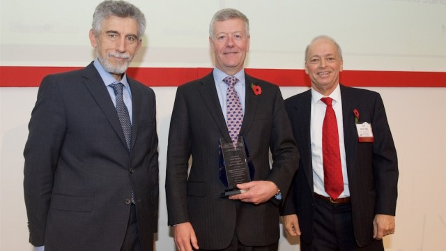Jeremy Penn receives Maritime CSR Leadership Award