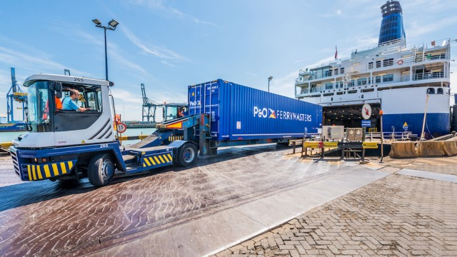 P&O Ferries hadndles highest volume of freight in 50 years at Zeebrugge
