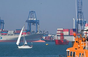 Government doubles trainee funding in SMarT move to boost UK maritime sector