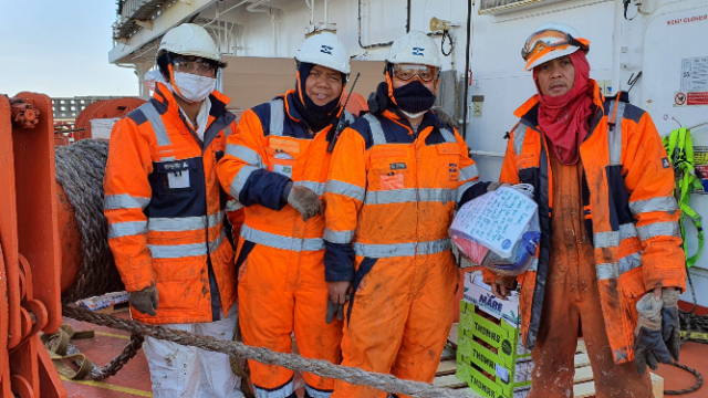 Crowdfunding for Seafarers – our ocean heroes